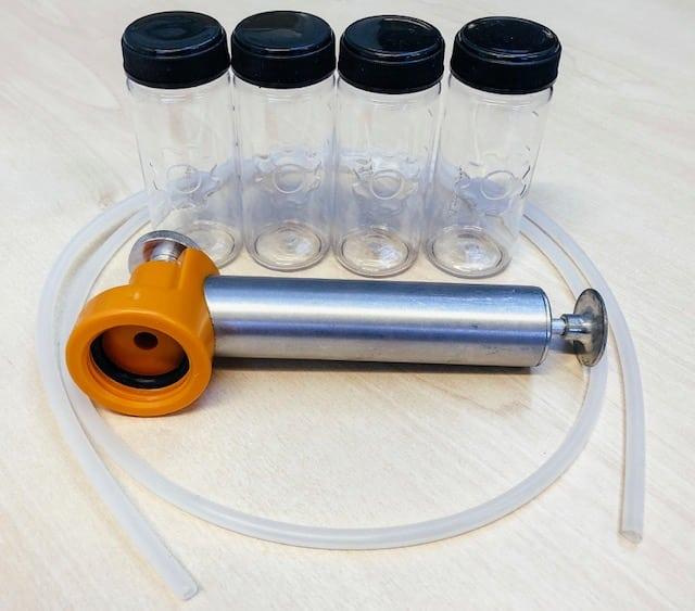 Oil sample, oil sample bottle, vacuum pump, vampire pump, easyvac, thief pump, oil pump, oil sample pump, plastic tubing, plastic bottle, oil test